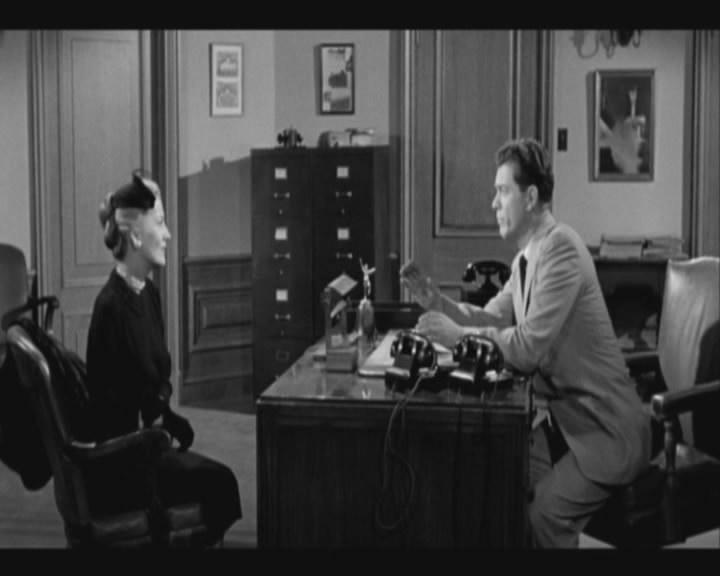 L alibi era perfetto 1956 cosmeticsrutracker for Sedia elettrica wikipedia